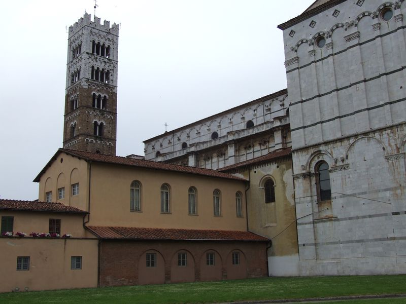 lucca-05