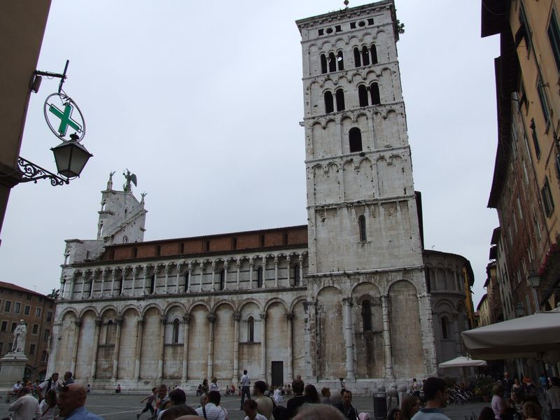 lucca-12