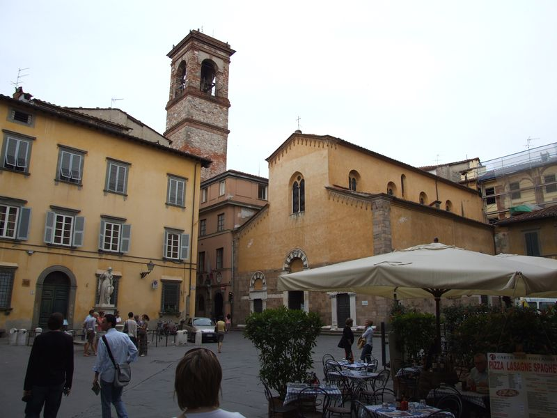 lucca-23