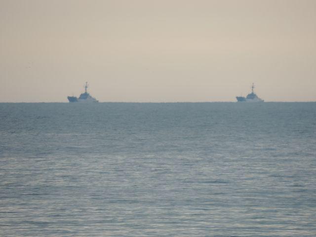 Koło Świnoujścia także kilka okrętów