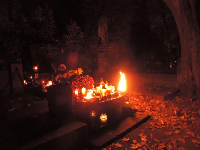 1 listopada na Powązkach