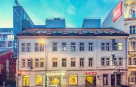 Praga tropem rzeźb Davida Černego