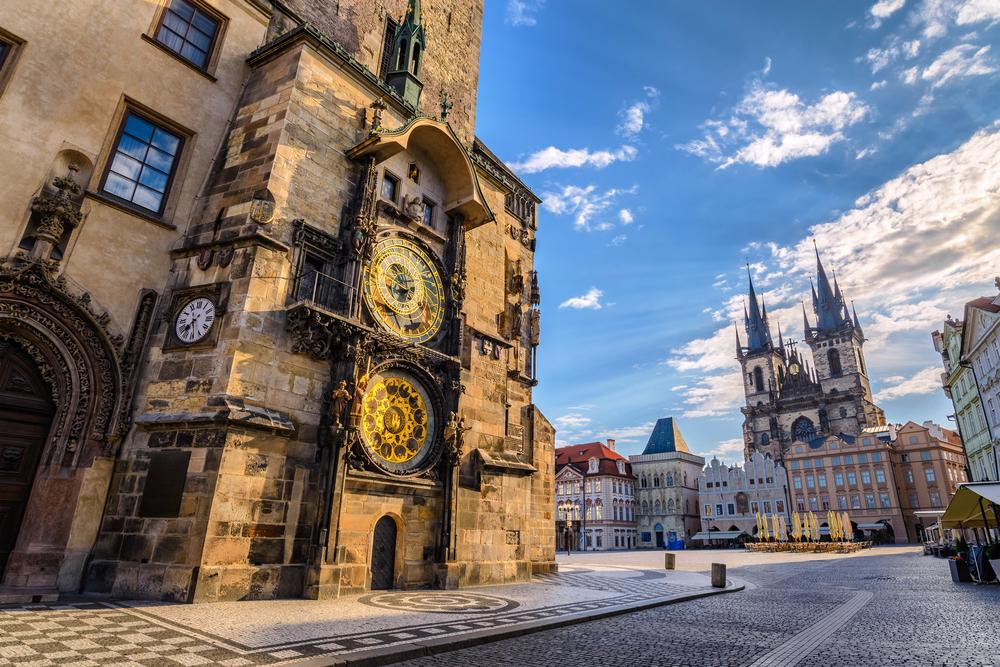 Jakie pamiątki warto przywieźć z Pragi?